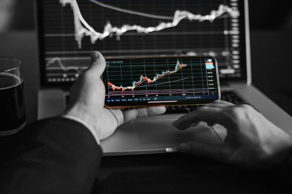 Strategies to Succeed in Short Term CFD Trading