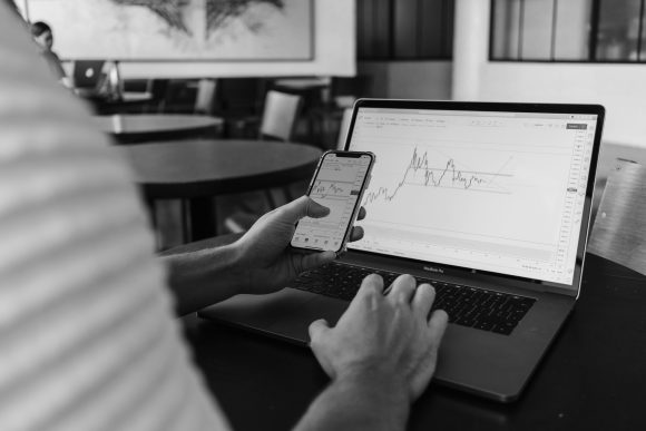 MT4 and MT5: Which Forex Trading Platform Is Better for You?